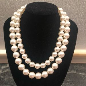 Vintage double strand statement pearl necklace
